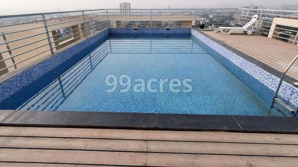 Aashish Santushti Pamposh Apartments Swimming Pool
