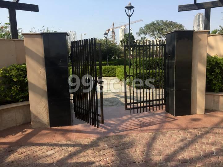 Ansal API Versalia Entrance