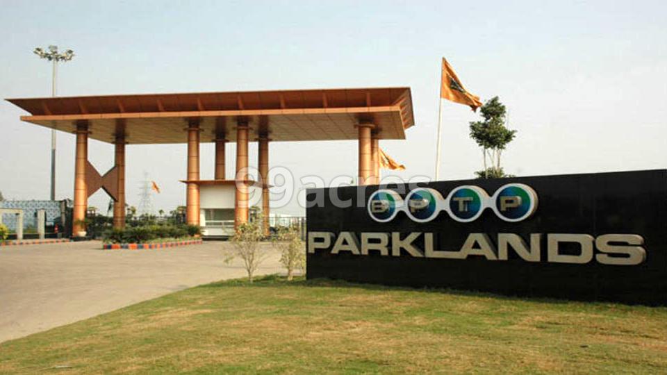 BPTP Parklands Entrance