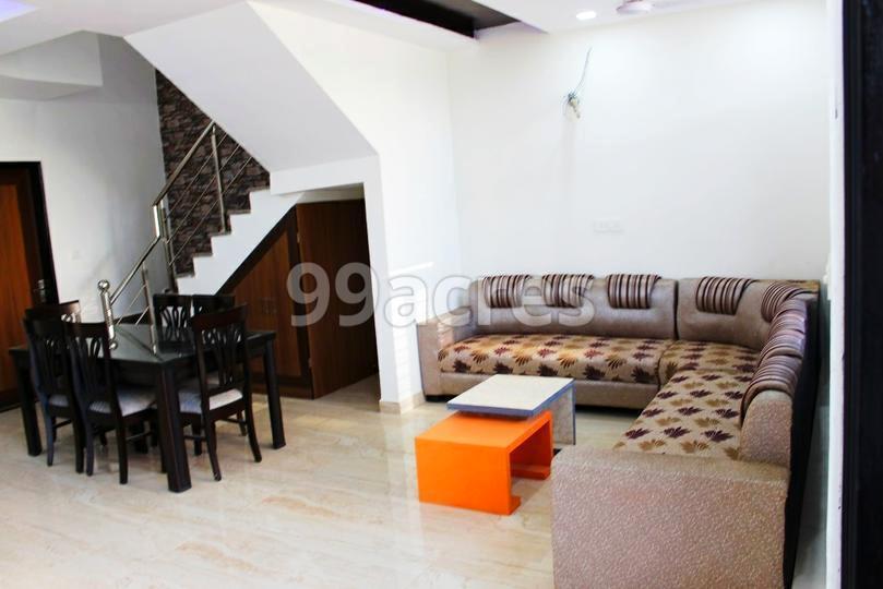 Evergreen Ville Avista Living Room