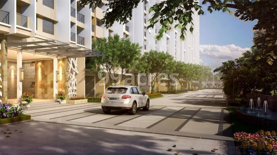 Indiabulls Park Paved Compound