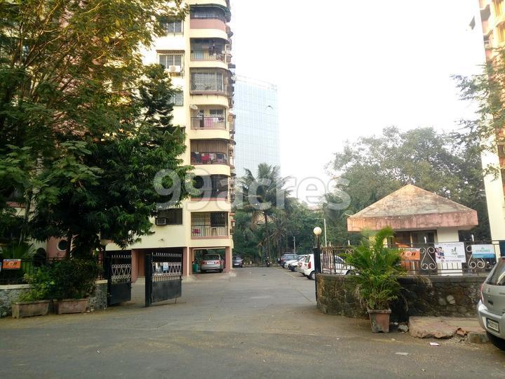 Lok Gaurav Complex Entrance