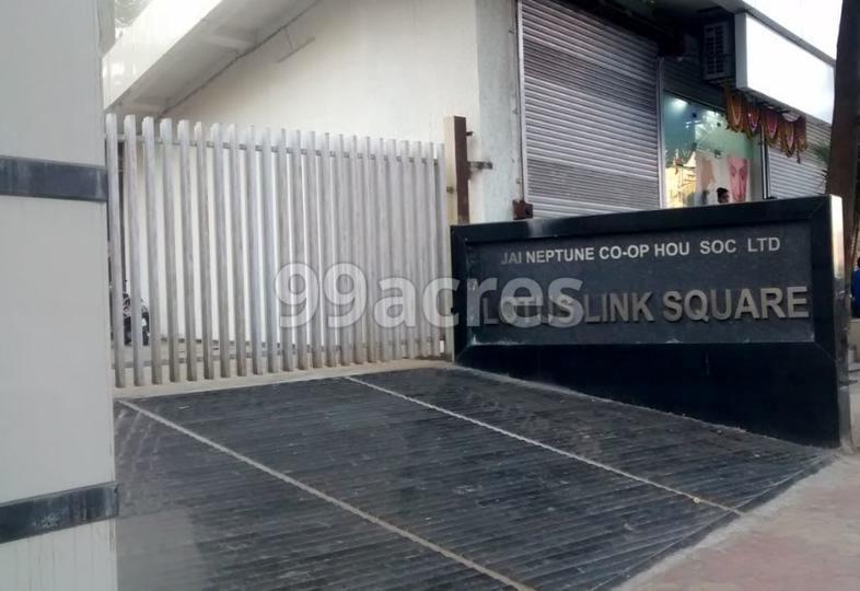 Lotus Link Square Entrance