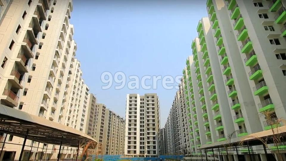 Proview Officer City Elevation