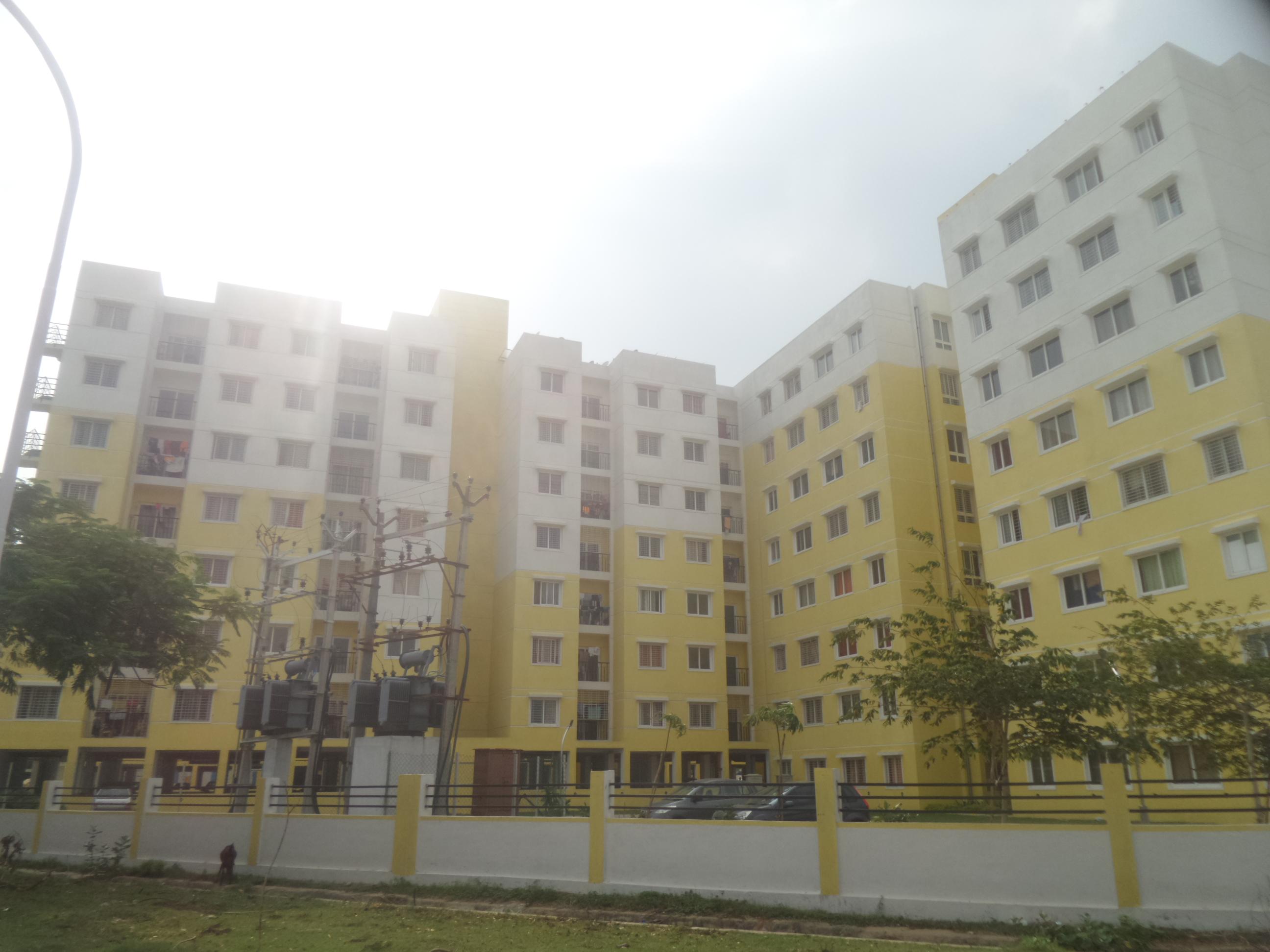 Mahindra Nova Elevation
