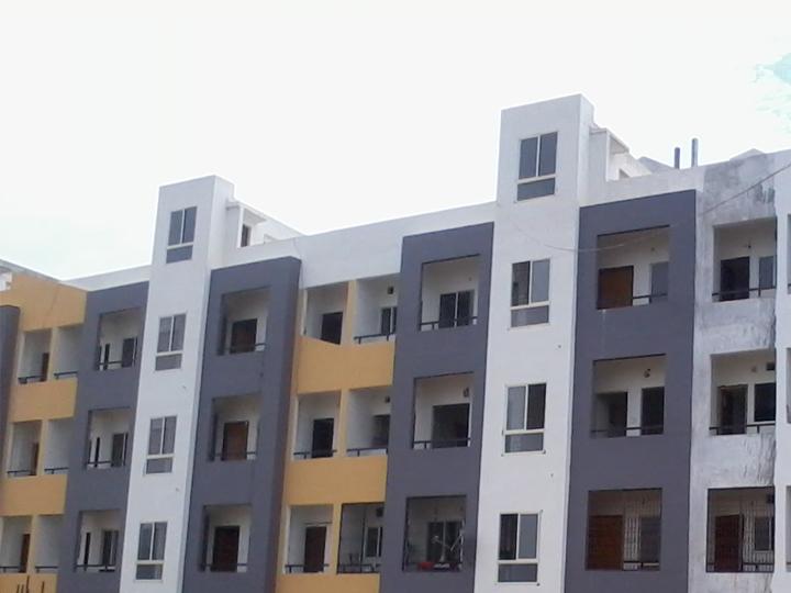 Mahendra Sky Side View