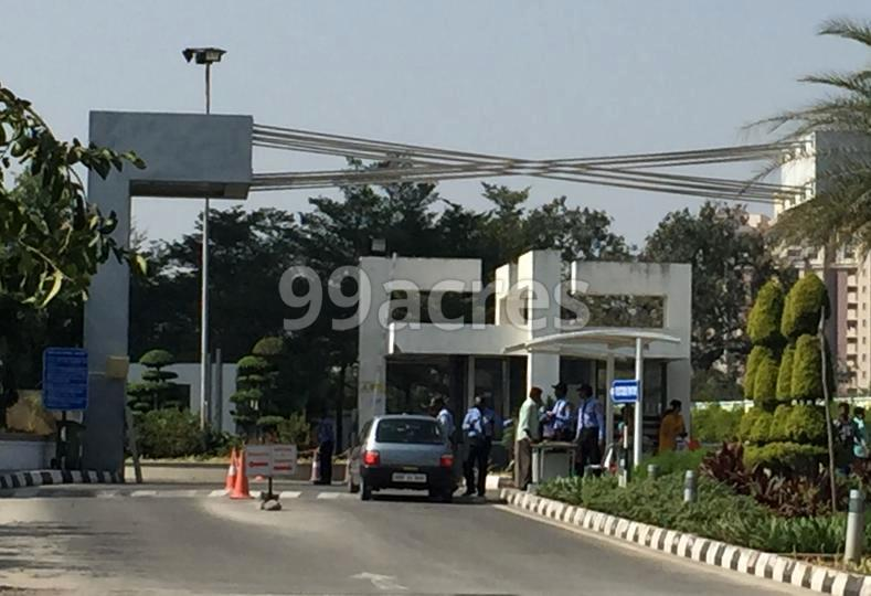Meenakshi Sky Lounge in Shilpa Hills, Hyderabad
