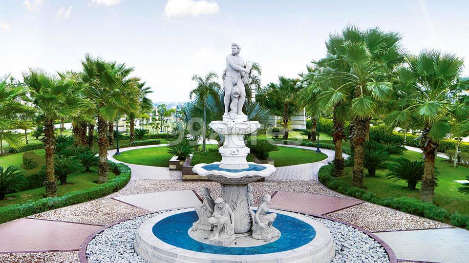 Omaxe Celestia Royal Premier Exterior Landscape