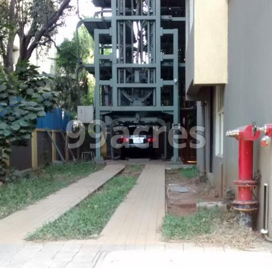 Lalit Callista Parking Area