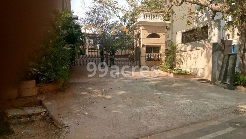 Raheja Empress Entrance