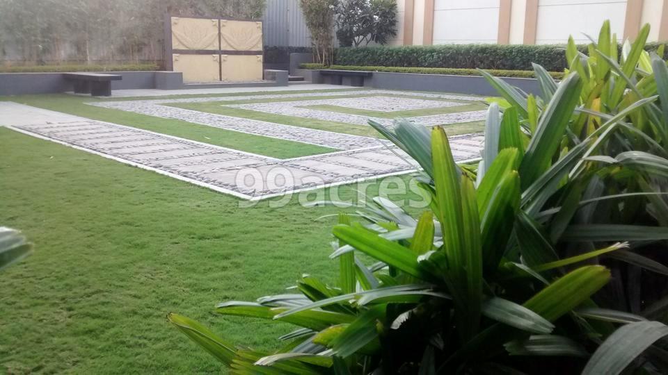 Raheja Imperia Landscape Garden
