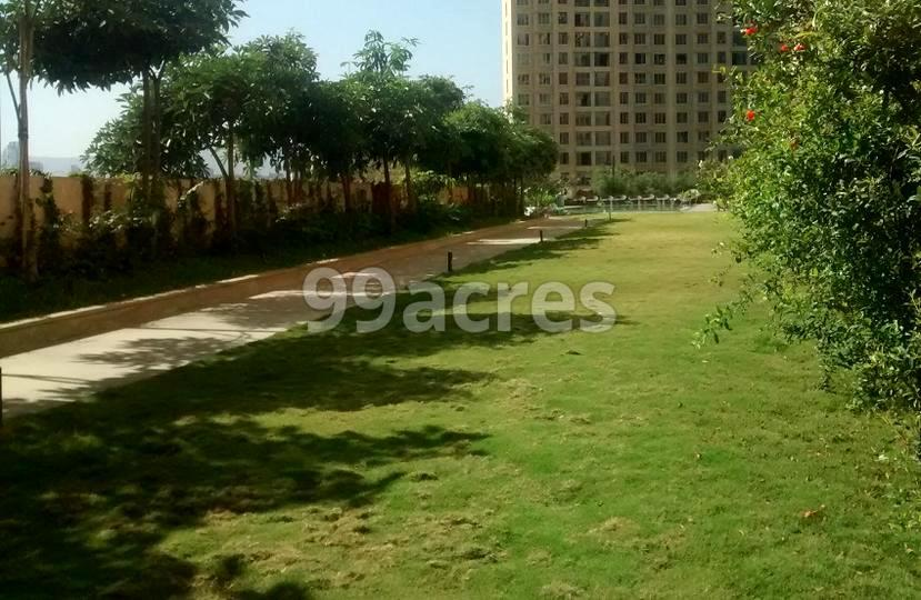 Rustomjee Urbania Landscape Garden