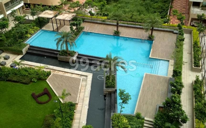 Delta Tower Swimming Pool
