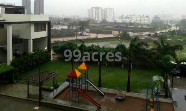 Shyamal Skylife Landscape Garden And Childre's Play Area
