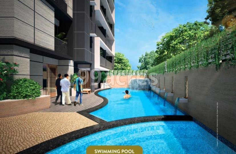 Skyline Polaris Swimming Pool