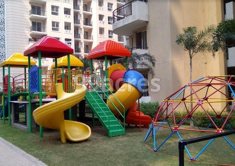 Strategic Royal Court Children's Play Area