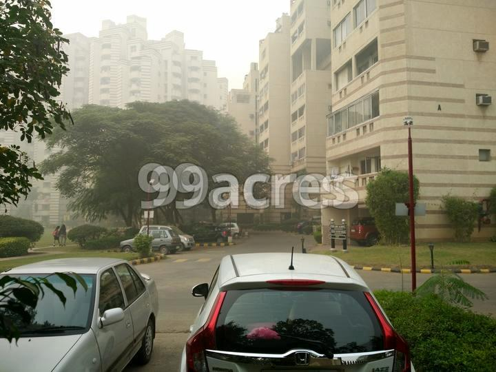 Unitech South City Heights Parking