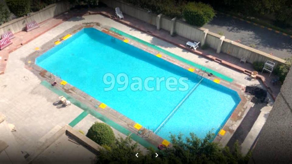 RWA Jalvayu Towers Swimming Pool