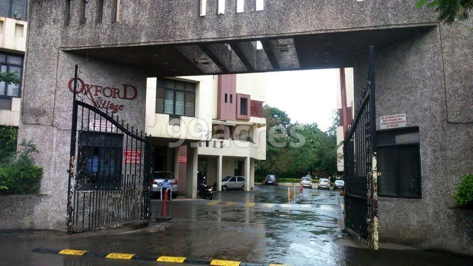 Oxford Premium in Wanowrie, Pune